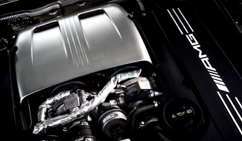 Mercedes-Benz AMG C63 full